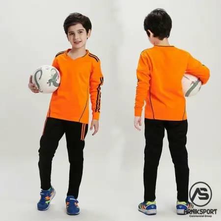 تولیدی لباس ورزشی بچه گانه